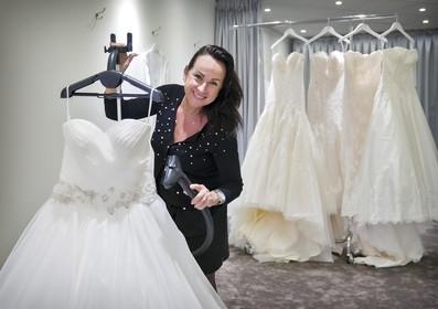 Juweliersshop Haarlem mixt ringen en bruidsjurken