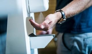 Moeten we onze handen nog stuk wassen tegen corona, zoals Mark Rutte zegt?