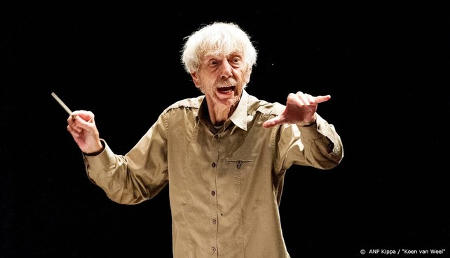 Dirigent en componist Reinbert de Leeuw (81) overleden