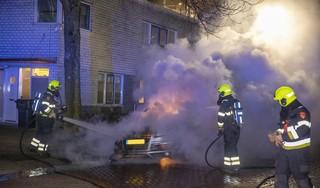 Autobrand aan de Vincent van Goghlaan in Haarlem
