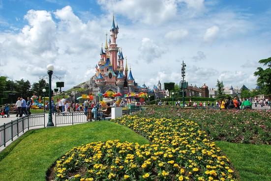 Uiteindelijk toch gratis ontbijt en diner in Disneyland voor familie Hogetoorn