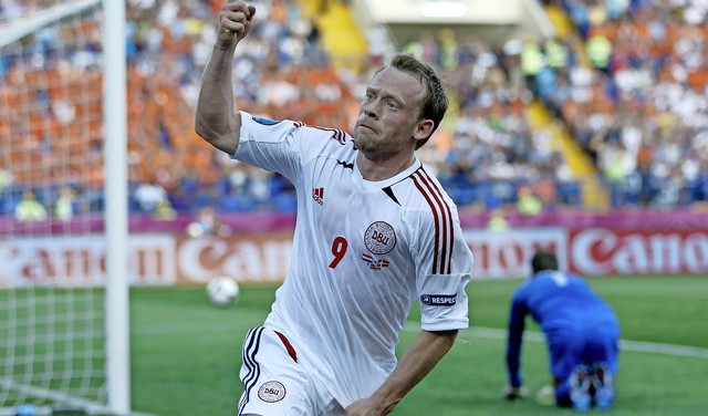 'Krohnaldo', de Deense beul van Oranje op het EK van 2012: 'Mijn jongens zitten in het oranje voor de televisie' [video]