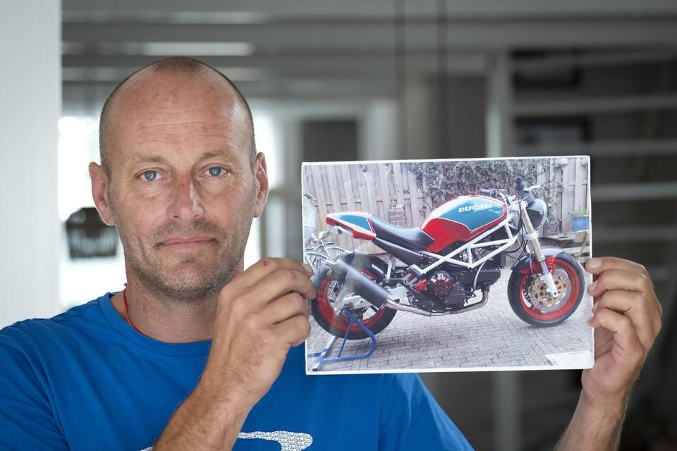 Berry met zijn Ducati.