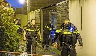Man zwaargewond aangetroffen in Beeksteeg Haarlem, politie start onderzoek