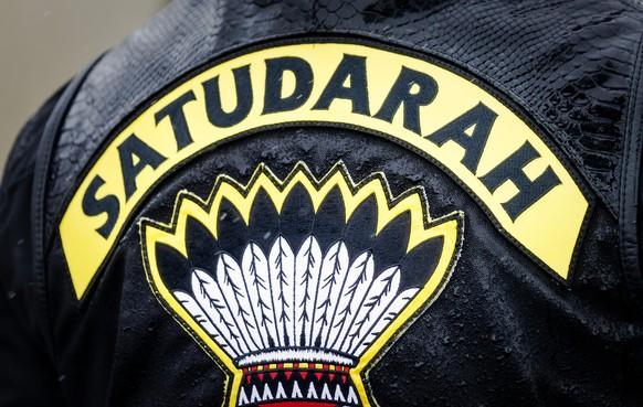 Oud-lid Satudarah uit Haarlem hoort celstraf eisen voor bedreiging agent, witwassen en afperspoging
