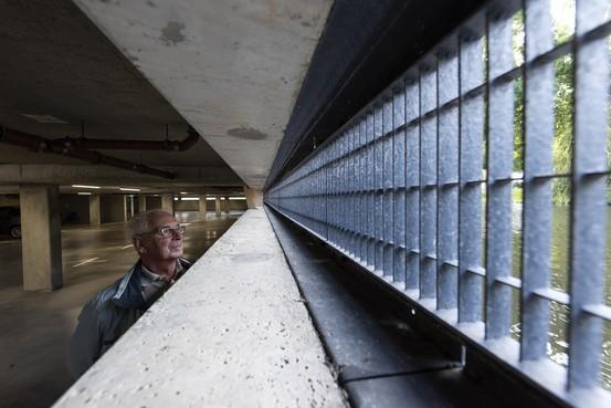 Trauma van de overstroming vijf jaar geleden zit bij de bewoners van het Heemskerkse Symphonie diep na alarmering van woensdag