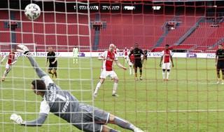 Davy Klaassen in zijn element bij Ajax. Doelpunt bij rentree. 'Of deze selectie veel beter is dan in mijn eerste periode? Dat vind ik moeilijk te zeggen'