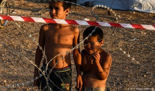 Honderden vluchtelingen uit Moria naar Griekse vasteland