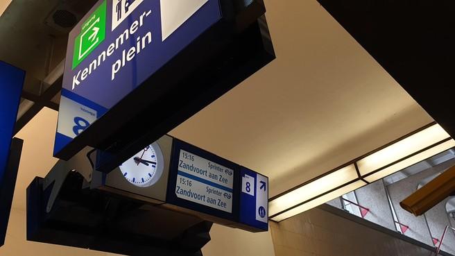 Blij met de kans op een betere spoorlijn Haarlem-Zandvoort dankzij de F1, maar dat prijskaartje...