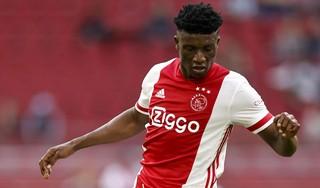 Ajax houdt vier Afrikaanse internationals in Amsterdam