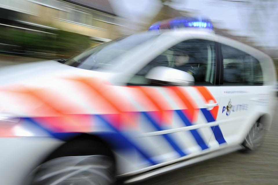 Bewoners van de Larenseweg willen dat de politie vaker surveilleert in de weekeinden.