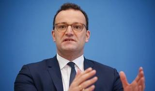 Duitse gezondheidsminister raadt vakantie in het buitenland af