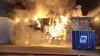 Zeer grote brand bij accubedrijf op bedrijventerrein in Haarlemse Waarderpolder [video]