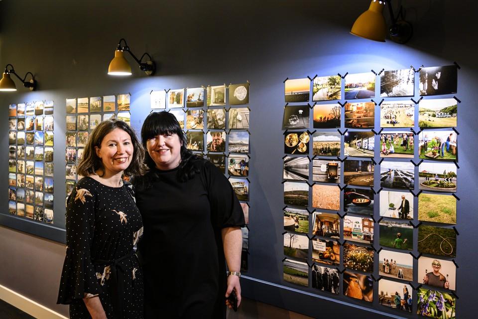 Karen Harvey en Simone Sagi, directeur van het Nederlands Bureau voor Toerisme in Londen.