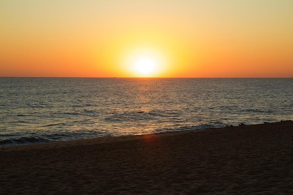 Een reis naar Faro met zijn lange strand zit er voorlopig niet in...