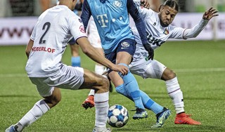 Telstar verliest met 2-3 van Jong Utrecht: 'Als voetbal een jurysport was, hadden we het goed gedaan' [video]