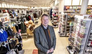 Pyjama's en magnetrons te koop in de supermarkt tijdens de lockdown. 'Oneerlijke concurrentie', vindt de Zandvoortse Hema