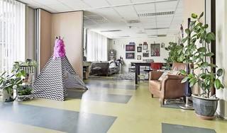 Wonen in een leegstaand politiebureau: panden in Nieuw-Vennep worden online geveild