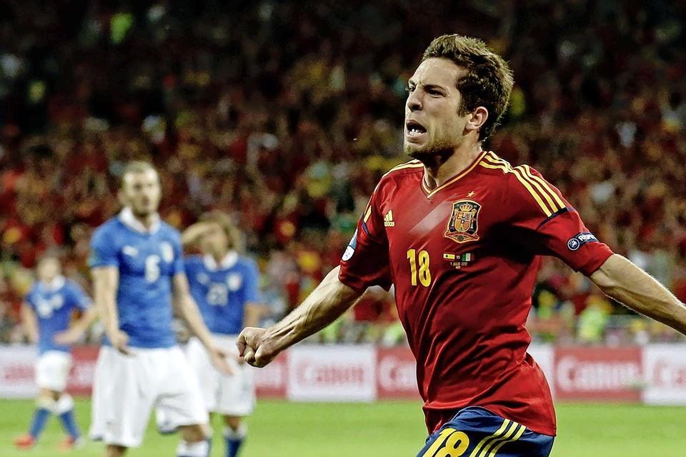 Jordi Alba in extase na zijn doelpunt (2-0) in de finale tegen Italië op het EK van 2012.