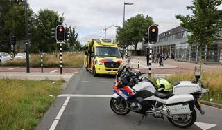 Maaltijdbezorger gewond bij aanrijding met auto in Haarlem, automobiliste aangehouden