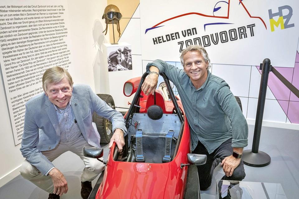 'Helden van Zandvoort' Gijs van Lennep en Jan Lammers bij de opening van de expositie.