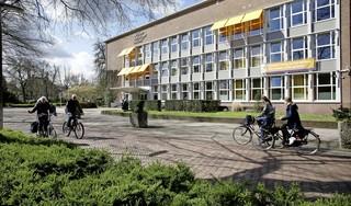Willem de Zwijger College verwijdert en schorst leerlingen na ernstige misdragingen tijdens examenstunt; 'Ingrijpend, maar enige passende reactie na geweld'