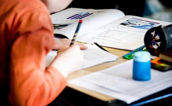 'Scholen begin juni helemaal open'