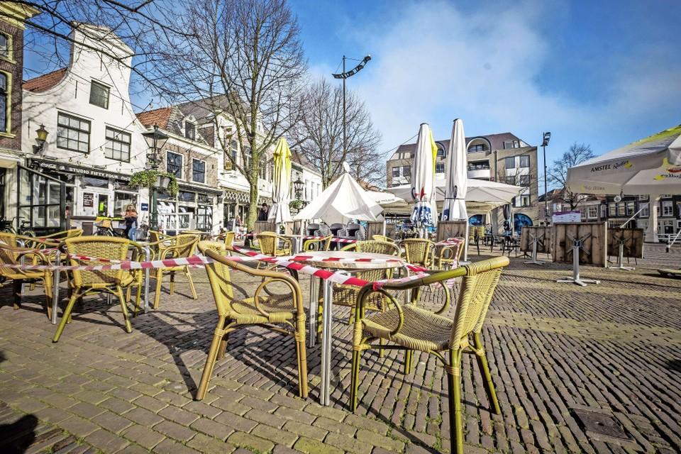 Een terras in Alkmaar.
