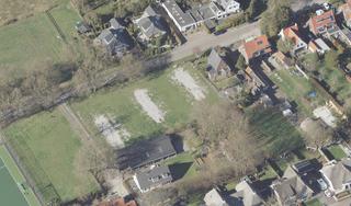 Soest akkoord met 'het bouwplan dat niemand wil maar er toch gaat komen'; Groen licht voor vijf dure huizen 1e Heezerlaantje