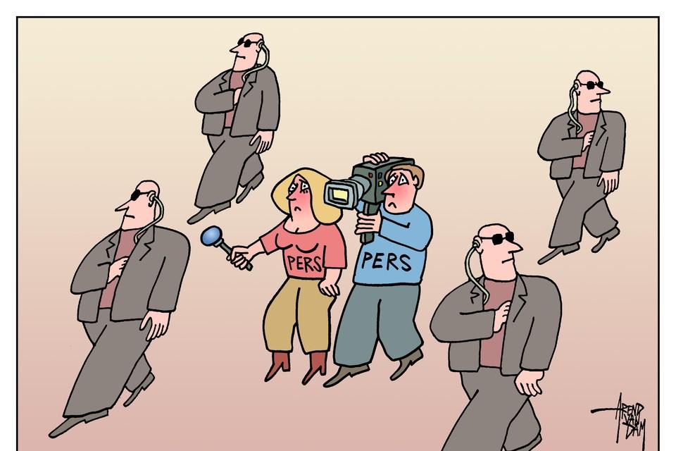 Politiemensen, journalisten en politici zijn steeds vaker doelwit van extremistische coronacritici.