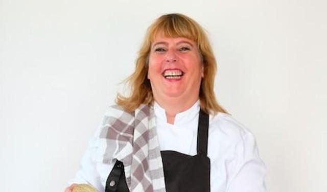 Nanja Pol verleidt haar chef met dirty chocolate milk