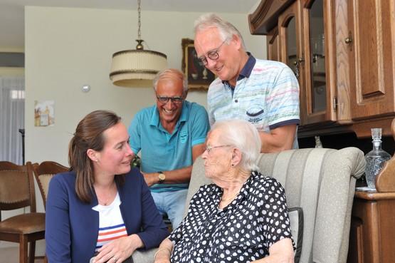 Geriater van het Rode Kruis Ziekenhuis denkt aan later: langer zelfstandig wonen door ouderen geeft extra gezondheidsrisico's