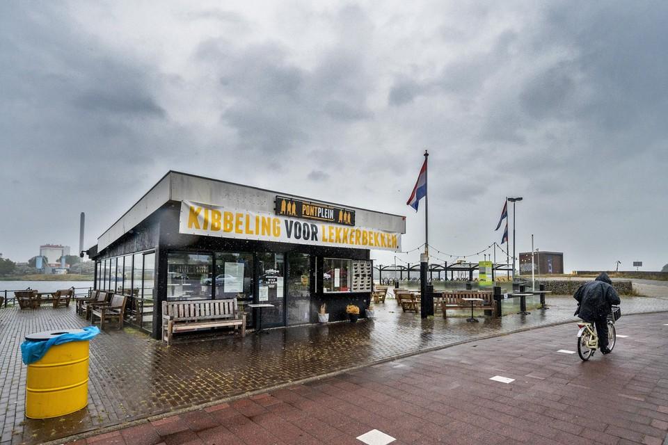 Snackbar Pontplein is tot nader order dicht.