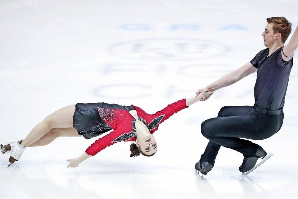 Daria Danilova en Michel Tsiba waren klaar voor het wereldkampioenschap. Maar de titelstrijd gaat niet door.