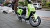 Het is groen en het rijdt door Hilversum. Elektrische deelscooters van Go Sharing duiken op in de mediastad. 'Je betaalt per minuut'