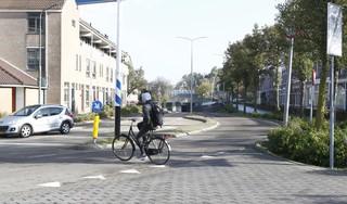 Weesp wil het verkeer rond knelpunt Bouhuijstunnel veiliger maken: 'Het is een betonnen bak die je niet breder kunt maken'; aanpak in zomer 2021