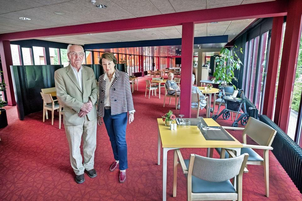 Ad Bracco Gartner en Josee Heideman in restaurant De Wintertuin.