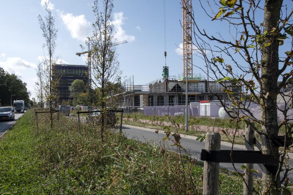 Drie woontorens worden er aan de Tolweg gebouwd.