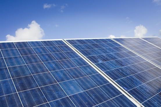 Meer en meer zonnepanelen in Nederland, ook in Noord-Holland komen er steeds meer bij [video]