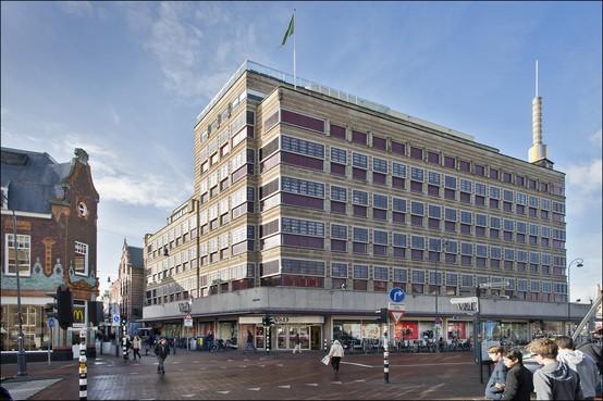Nieuwe Hema in voormalig pand van V&D aan het Verwulft in Haarlem