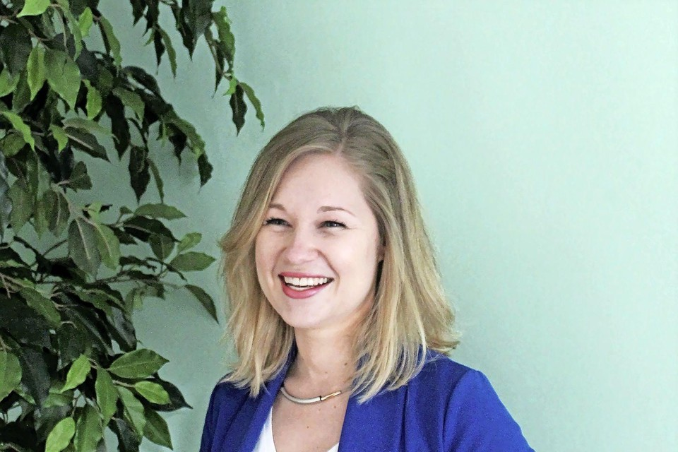 """Simone Wortel: ,,Als wij naast MKB-ondernemers gaan staan, dan zie je ze opbloeien. Iedereen wordt daar blij van""""."""