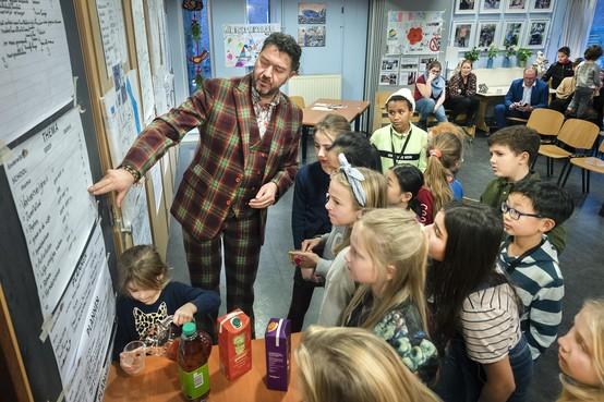 Nieuwe wijkraad voor kinderen in het Haarlemse Rozenprieel geïnstalleerd