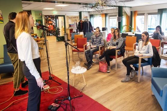 'Gluren bij de Buren' brengt veel luistergenot in Haarlem