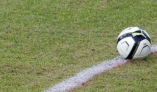 Volendam boekt eerste thuisoverwinning van 2021 na knotsgekke slotfase tegen Jong Ajax [video]