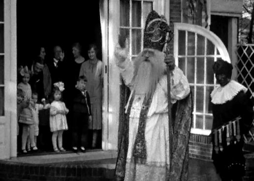 Bewegend Verleden: Sinterklaas in Haarlem, circa 1925 [video]