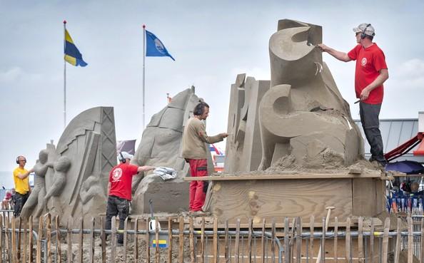 EK Zandsculpturen in Zandvoort: Monumenten in zand voor 75 jaar vrijheid