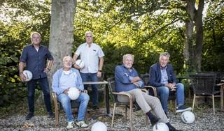 Onze eigen Derksen, Gijp, Genee, Kieft en Boskamp voorspellen het Haarlemse en Velsense voetbaljaar: 'HFC top vijf, Velsen middenmoter en HBC ongeslagen kampioen'