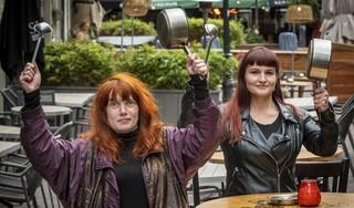 Nachtwacht Haarlem wil netjes en coronaproof protesteren tegen vervroegde sluiting horeca 'Ook in andere steden borrelt het'