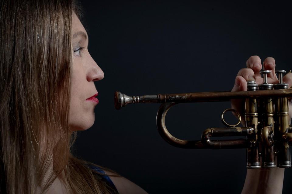 Saskia Laroo viert haar veertigjarig jubileum met een serie concerten in Nederland.