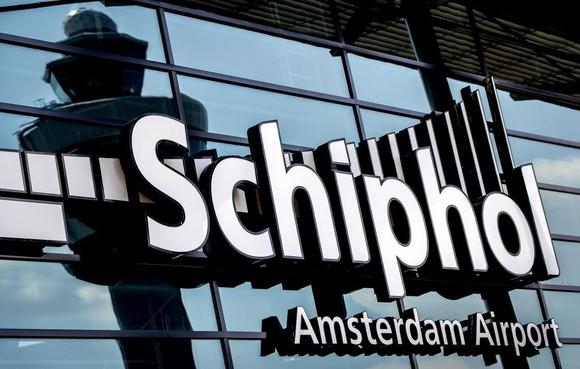 Luchthaven in zee bij IJmuiden enige optie voor groei Schiphol